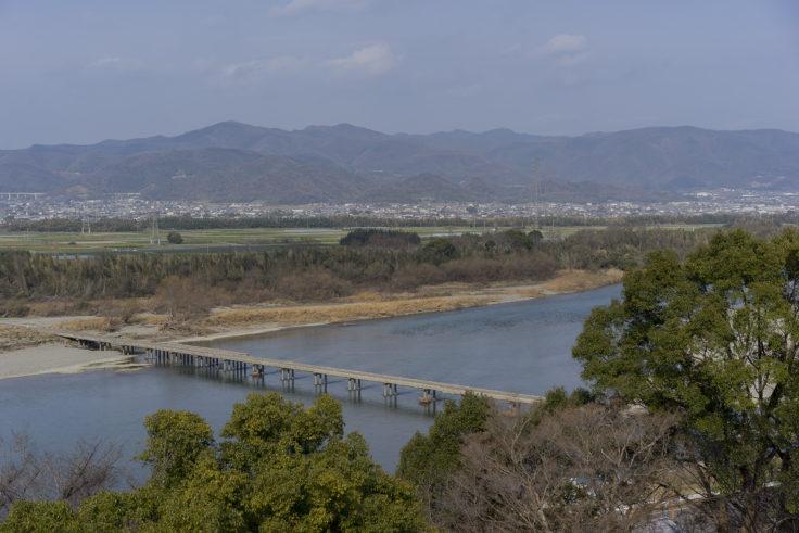 川島神社展望台からの橋