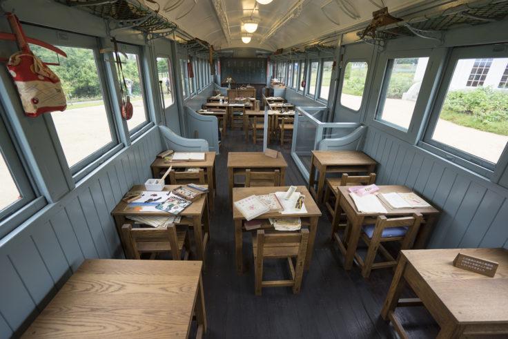 安曇野ちひろ公園電車の教室
