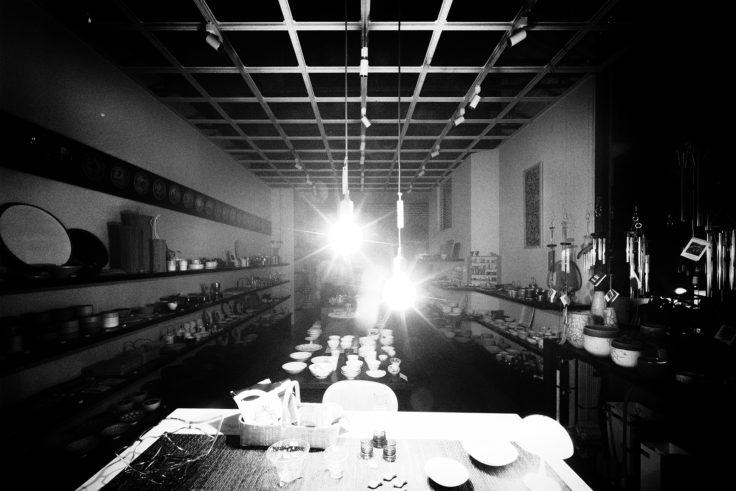 店内の灯り