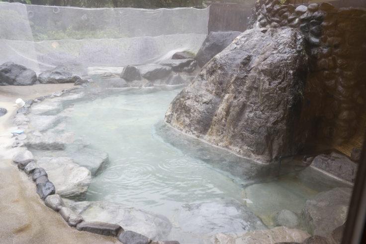 おびなたの湯露天風呂