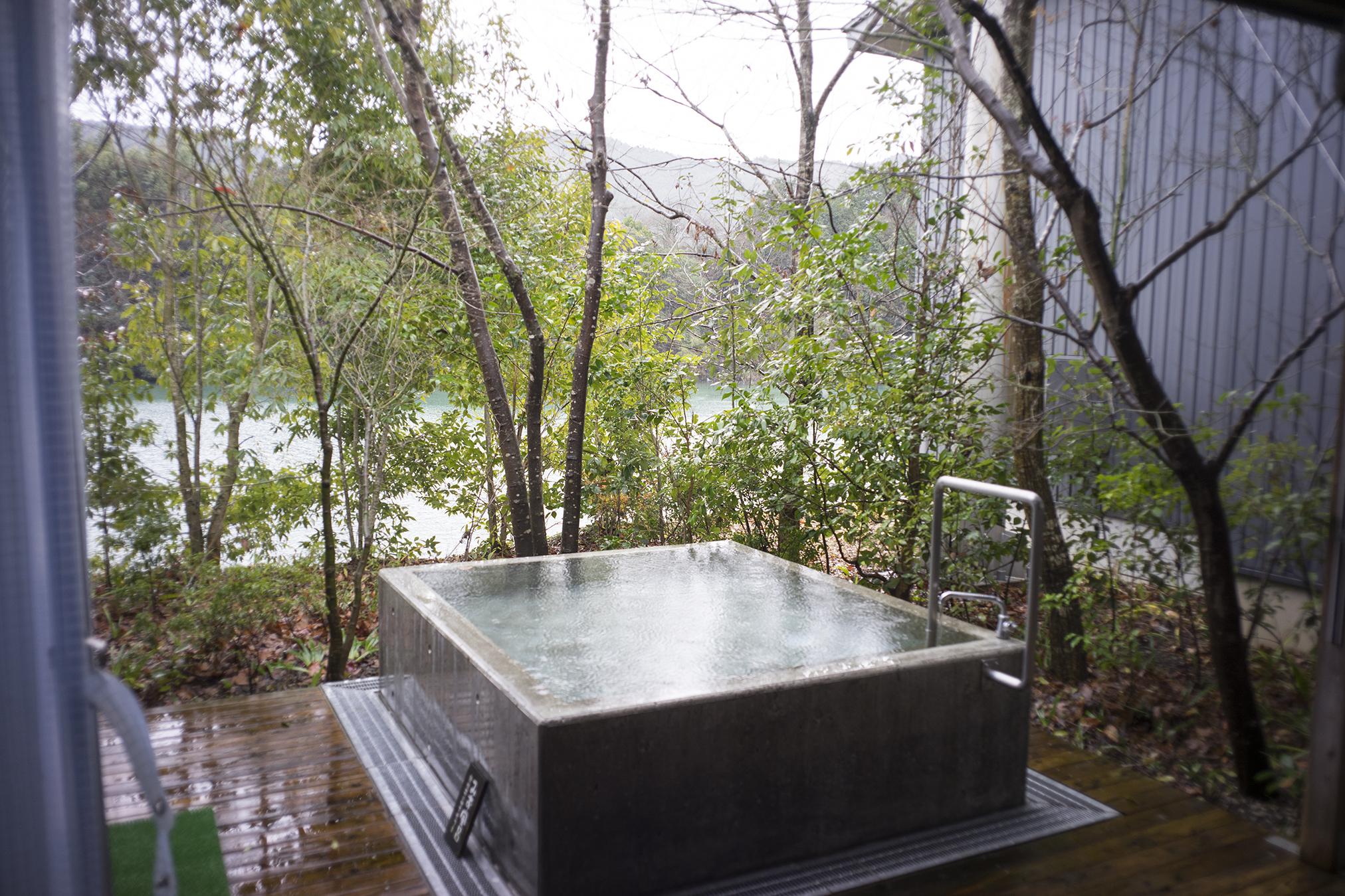 【土佐の隠れ家】温泉cafe『湖畔遊』の無農薬ランチとお風呂