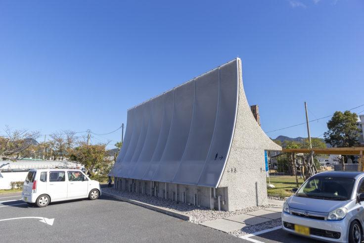 「石の島の石」中山英之建築設計事務所