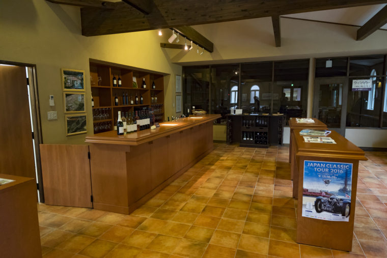 安曇野ワイナリーのワインセラー