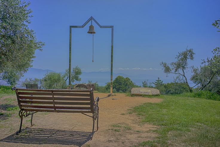 牛窓オリーブ園の幸福の鐘