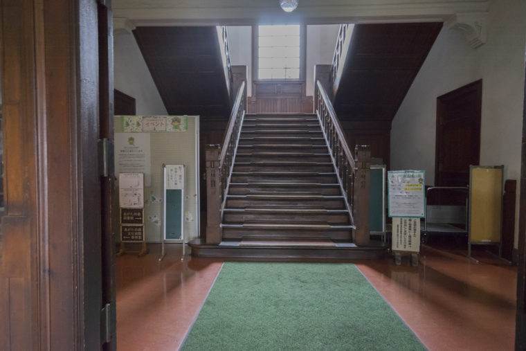 あがたの森文化会館内部