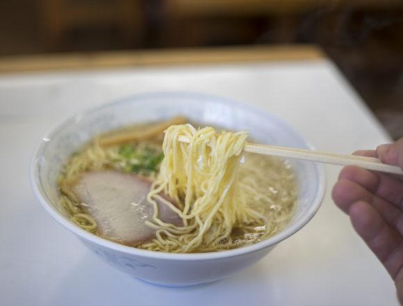 しんすい園の中華そばちりちり細麺