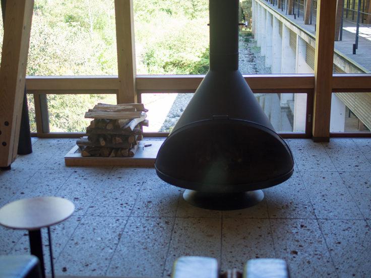 オーベルジュ土佐山暖炉2