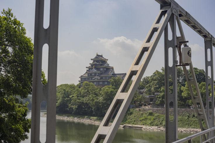 月見橋からの岡山城