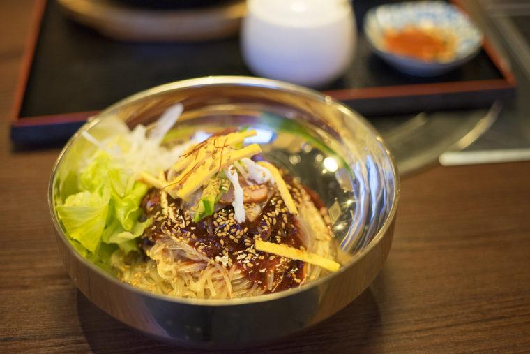 韓国家庭料理サランのビビン冷麺
