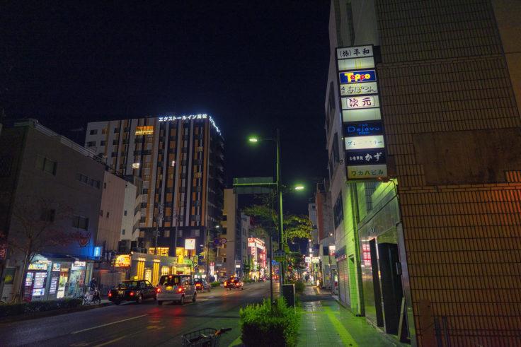 夜のフェリー通り