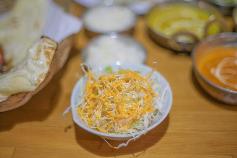 ホットチリのウェルカムセットにつくサラダ