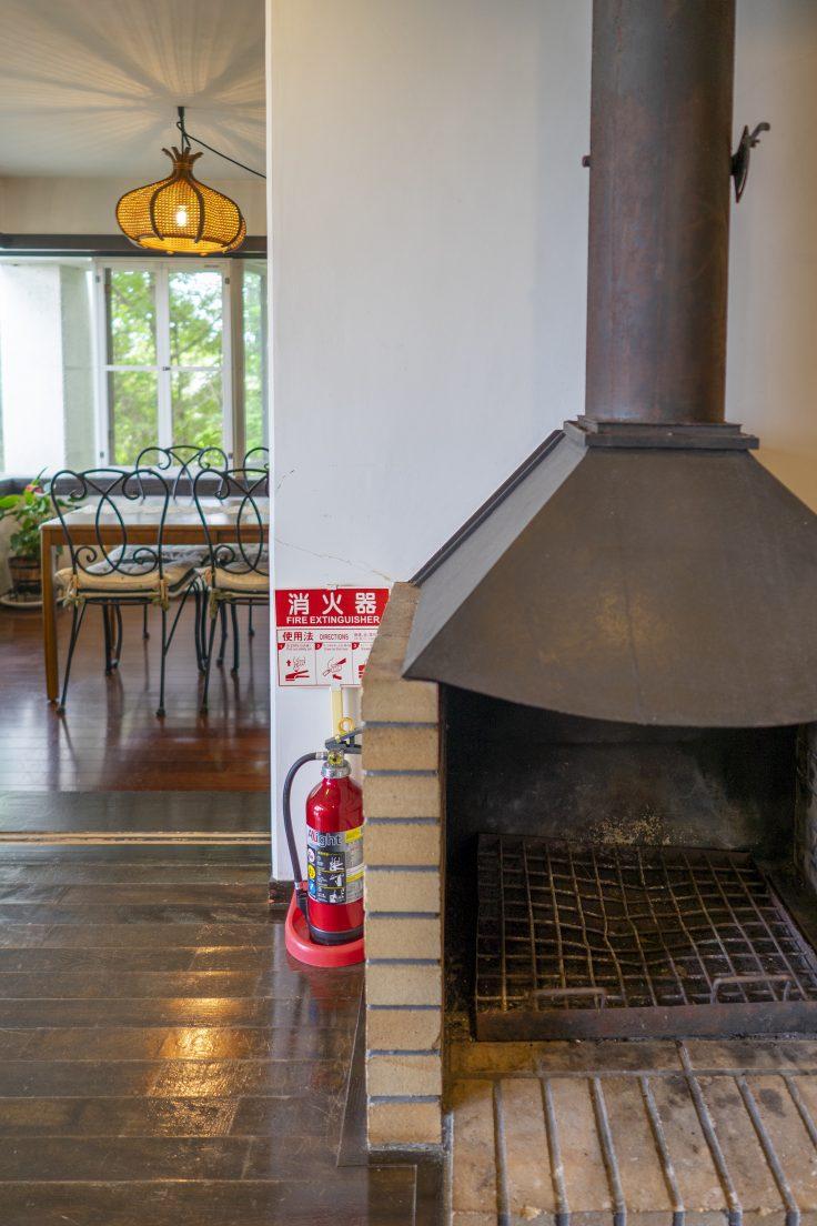 プロバンスブルー暖炉