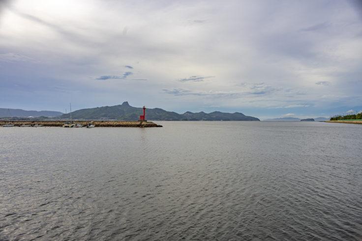 志度寺から見た海