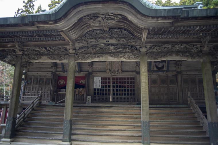 箸蔵山御本殿