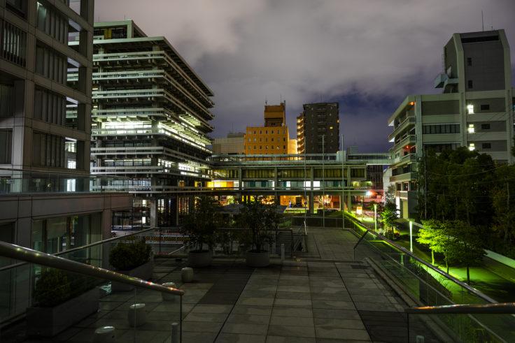 夜の香川県庁