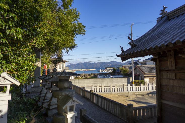 誉田八幡神社からみた引田港方面
