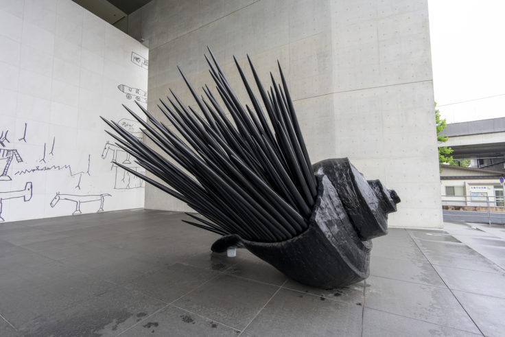 猪熊弦一郎現代美術館外の作品3