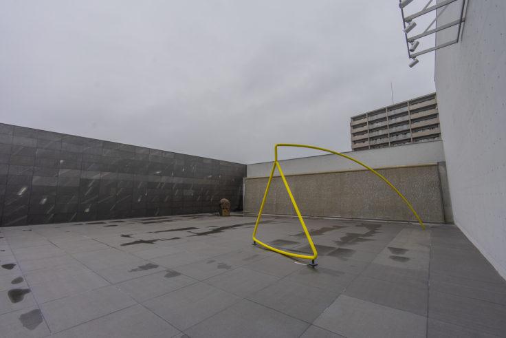 猪熊弦一郎現代美術館3階庭園