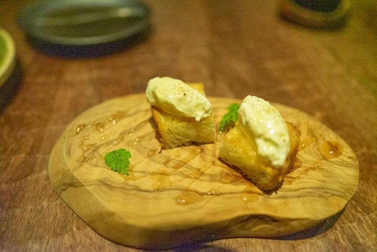 幸せのマスカルポーネチーズのハチミツがけ