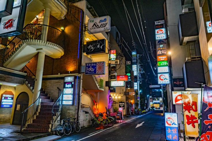 夜の繁華街4