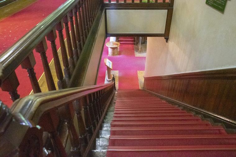 赤れんが庁舎 (北海道庁旧本庁舎)の横階段