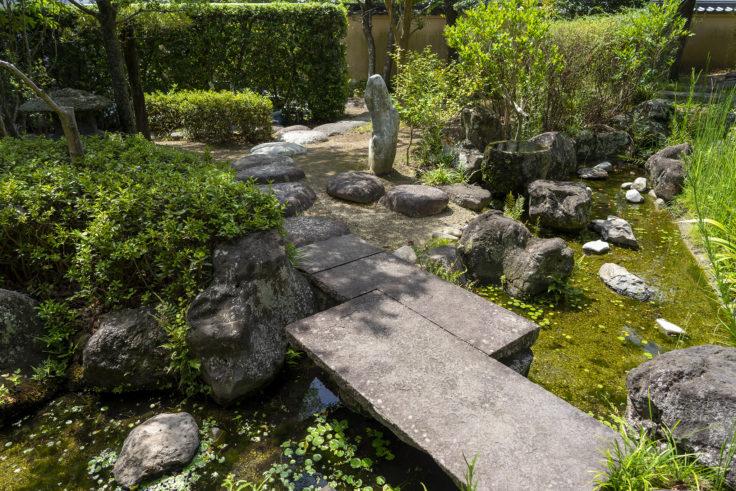 由佐城址庭園