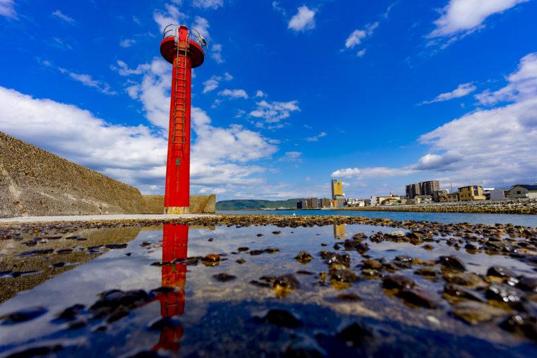瀬戸内海浜緑地の灯台