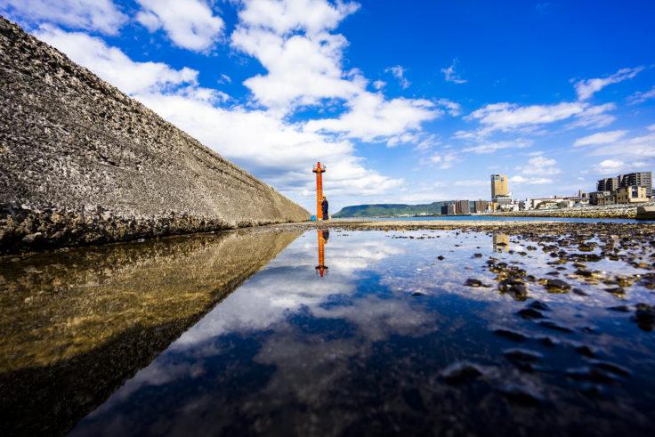 瀬戸内海浜緑地の灯台リフレクション