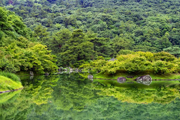 栗林公園の南湖