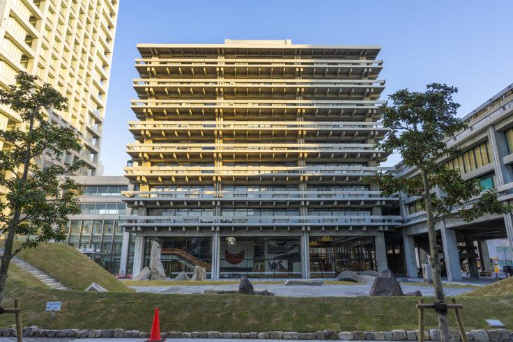 香川県庁舎東館外観