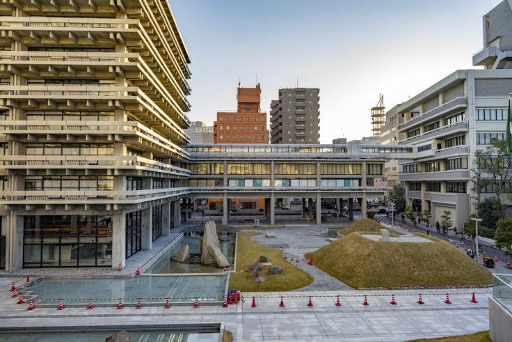 香川県庁舎東館外観3
