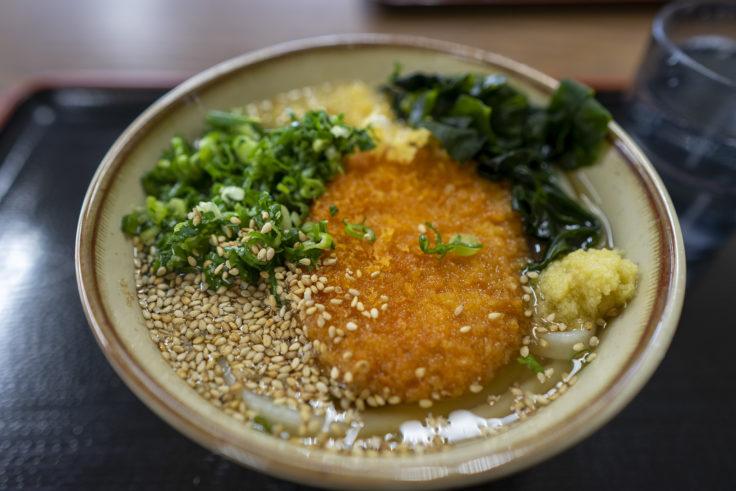 麺通堂西植田店コロッケうどん