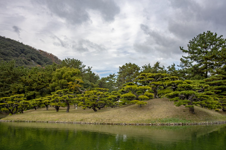 南湖から見た渚山