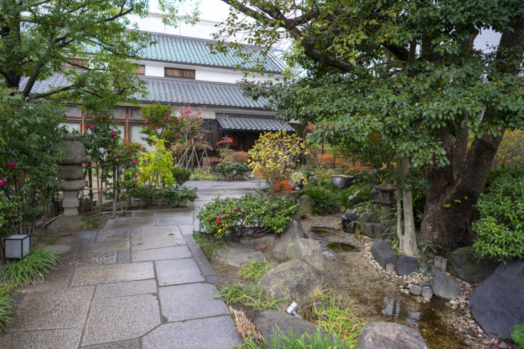 神戸酒心館の庭2