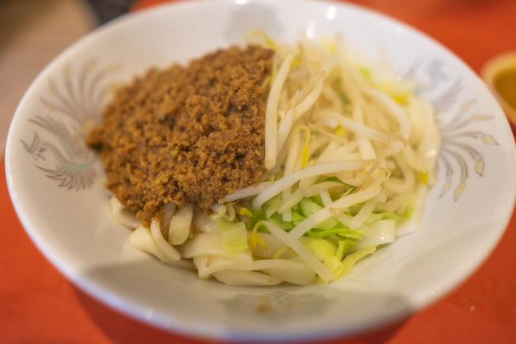 元祖ぎょうざ苑のジャジャ麺