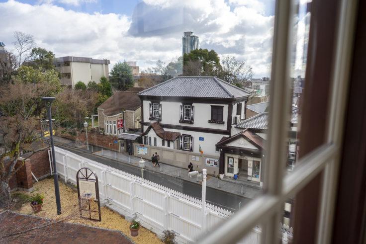 ラインの館から見たベンの家