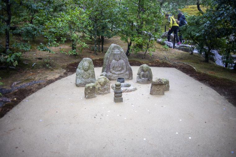 金閣寺の道祖神・地蔵