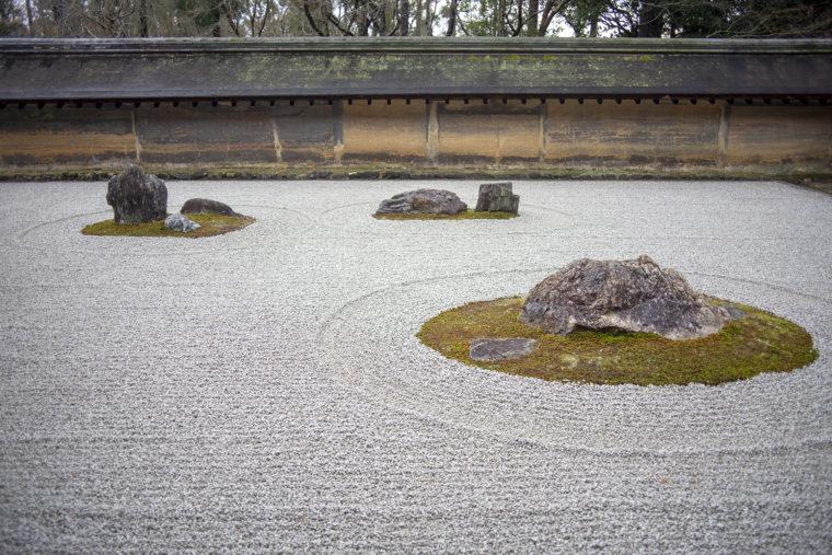 龍安寺の石庭の石