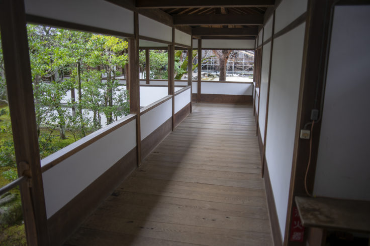 仁和寺の廊下