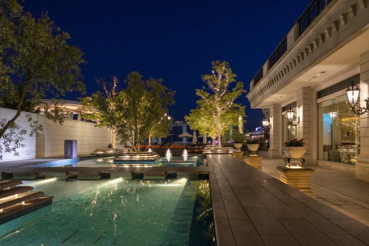 ホテル ラ・スイート神戸ハーバーランドの中庭