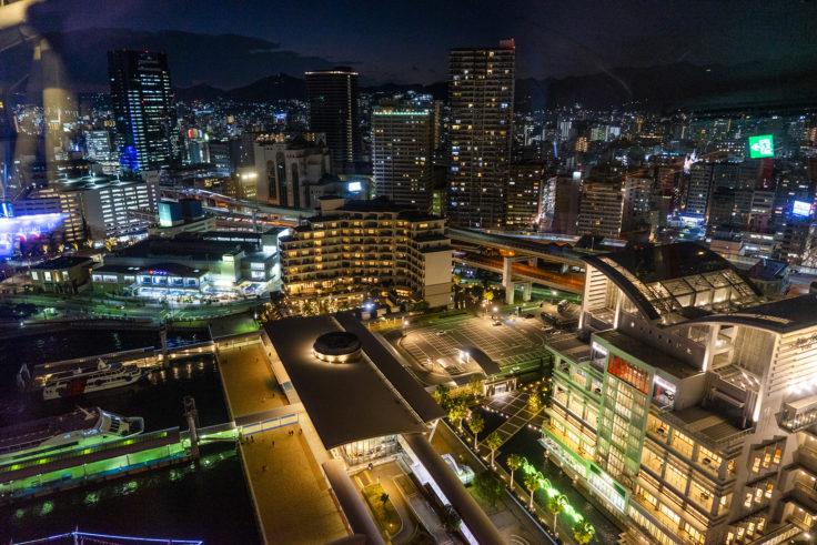 神戸ポートタワーから西の夜景