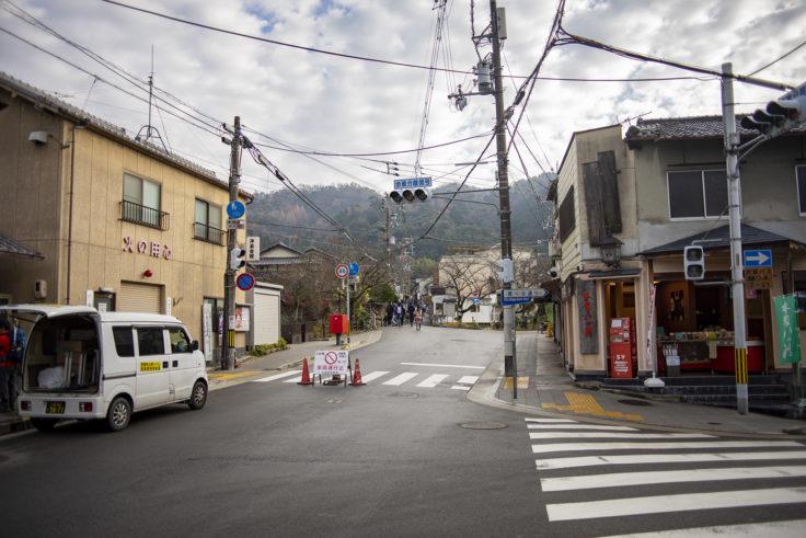 銀閣寺までの道