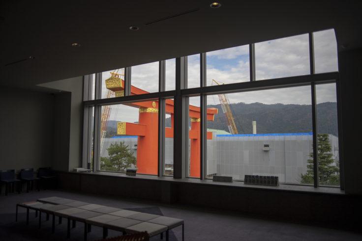 京都国立近代美術館から見える平安神宮鳥居
