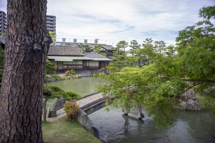 香風園の土橋と時雨亭
