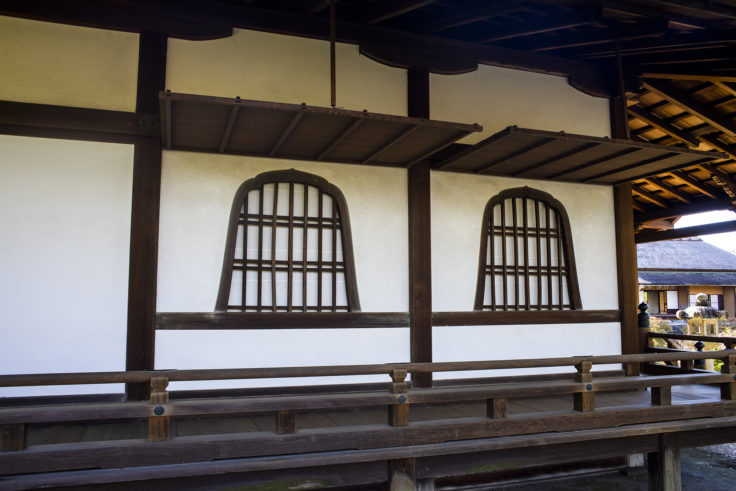 園林堂の窓