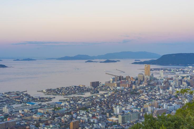 峰山展望台から見たサンポート高松