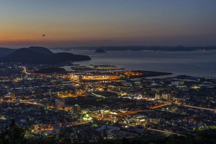 峰山公園展望台から見た瀬戸内海夜景