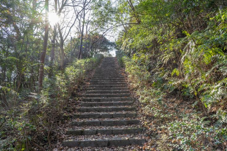ばんどうの鐘までの階段