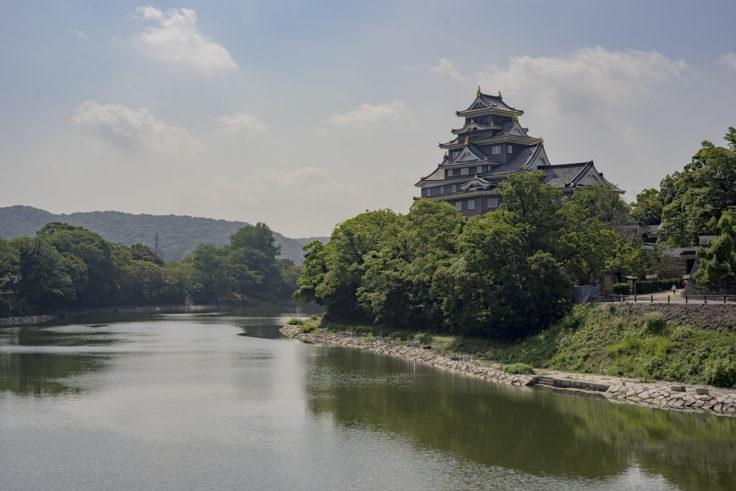 月見橋からの岡山城2