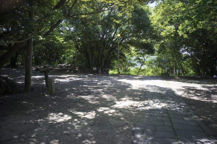 屋島城跡までの分岐